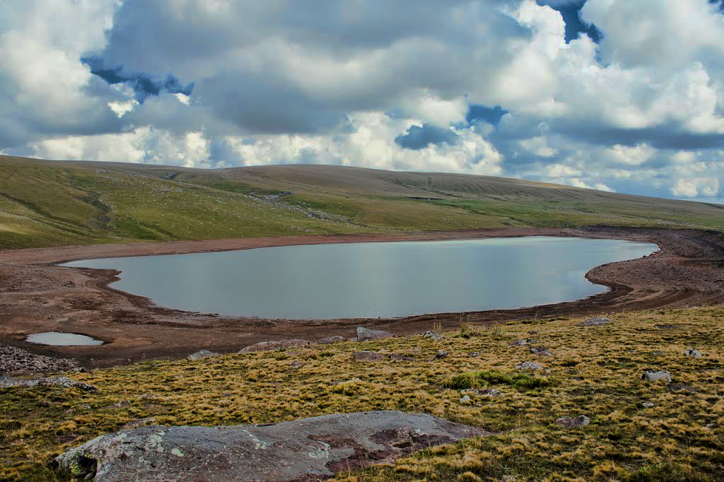 Озеро Вишапалич